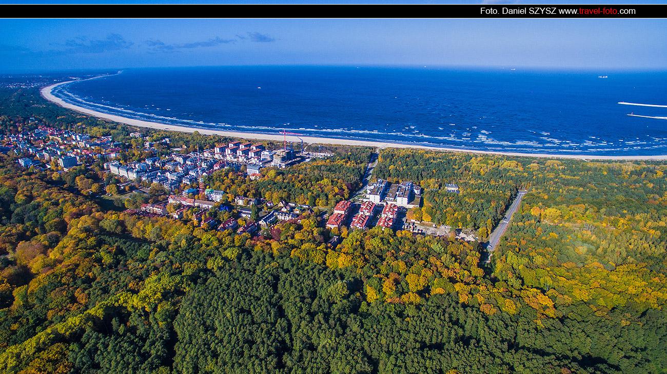 jesień-w-świnoujściu-dron-plaża