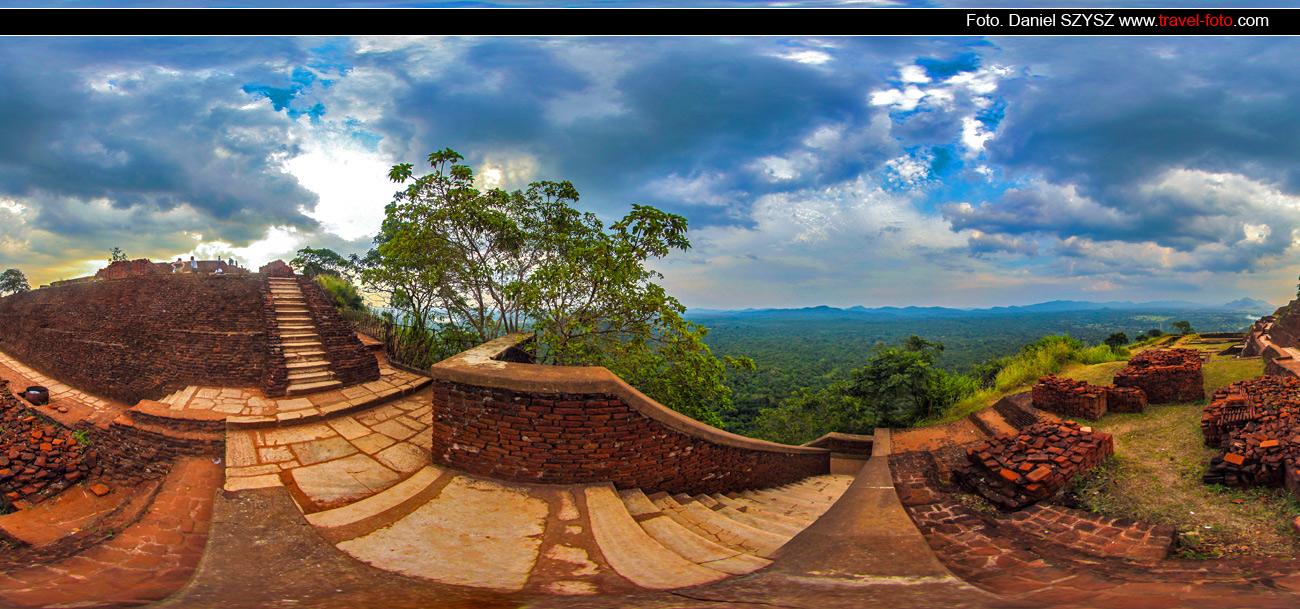 Sigiriya-Sri-lanka-szysz-góra-travel-zachód-na-górze
