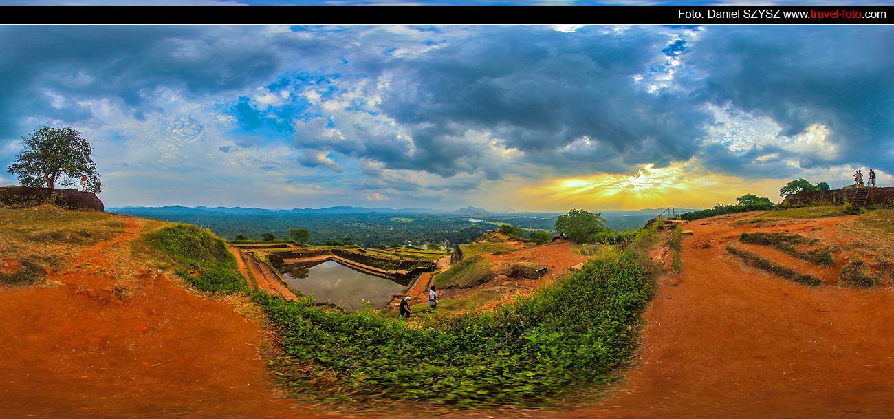 Sigiriya-Sri-lanka-szysz-góra-wakacje-szczyt-zachód-słońca