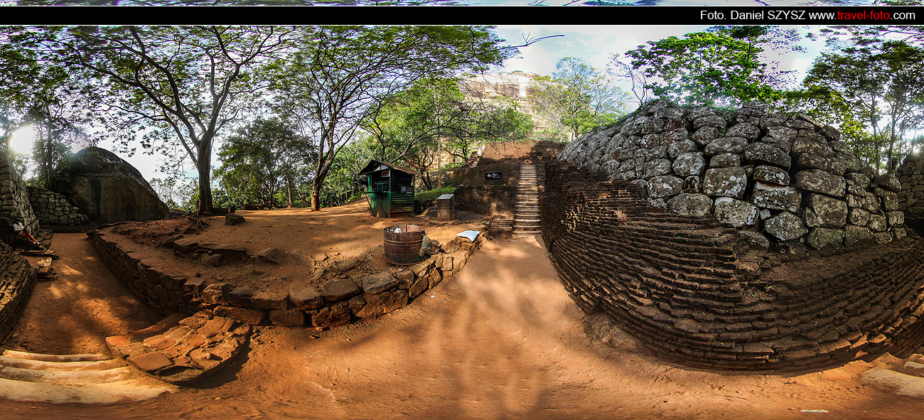 travel-Sigiriya-Sri-lanka-daniel-szysz