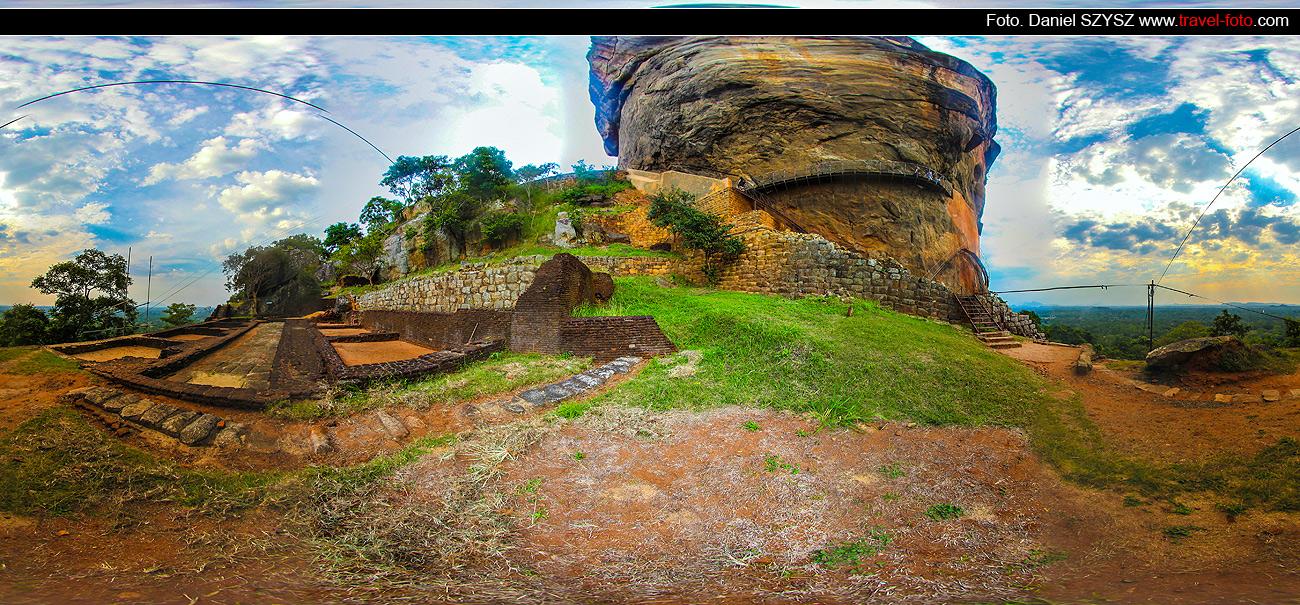 travel-Sigiriya-Sri-lanka-szysz