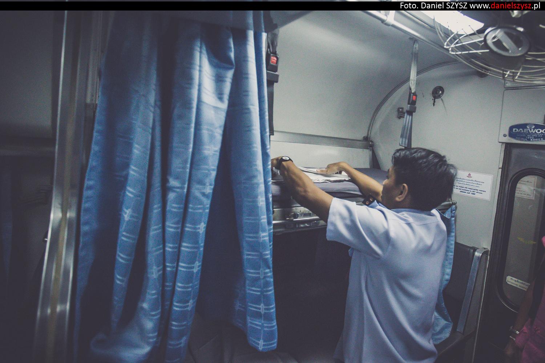 nocy-pociag-sypialni-relacji-chiang-mai-bangkok-tajlandia-14