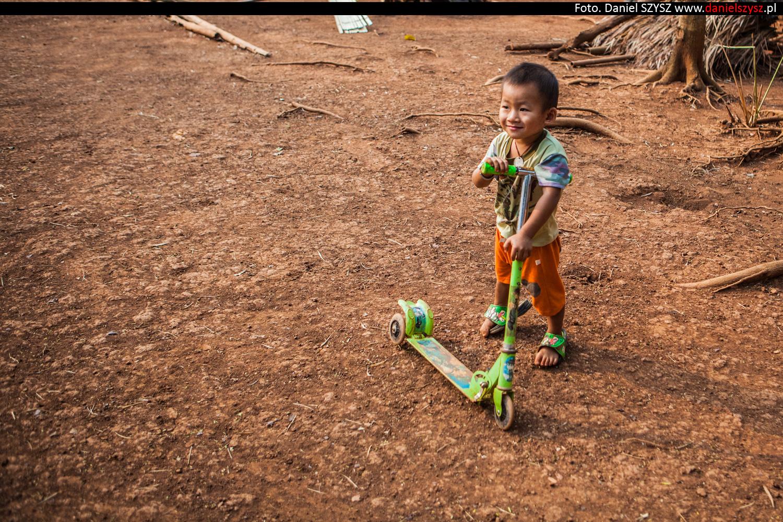 tajlandia-wioska-dlugie-szyje-kayan-7997