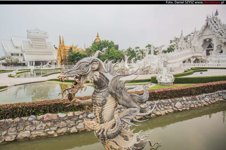 wat-rong-khun-biala-swiatynia-w-tajlandii-033