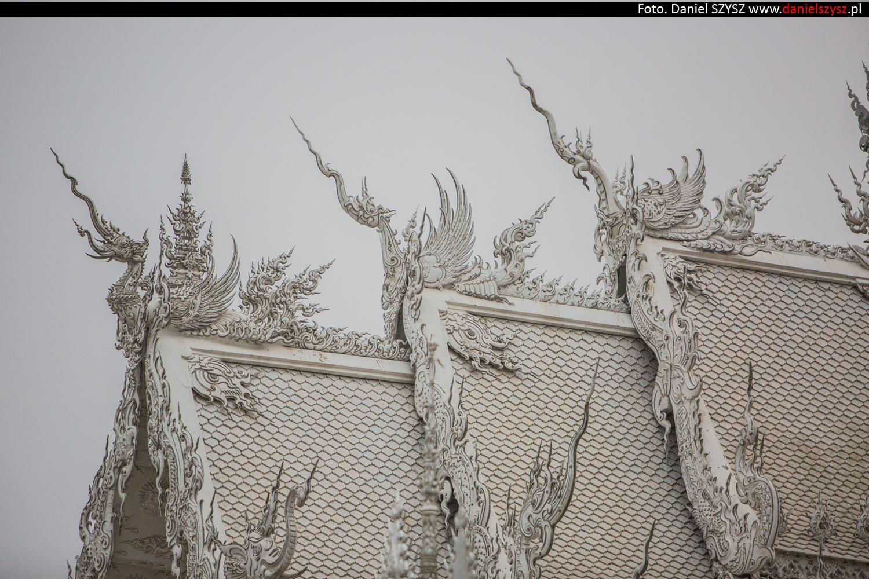 wat-rong-khun-biala-swiatynia-w-tajlandii-062