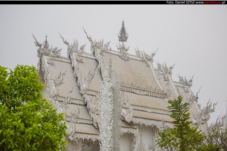 wat-rong-khun-biala-swiatynia-w-tajlandii-067