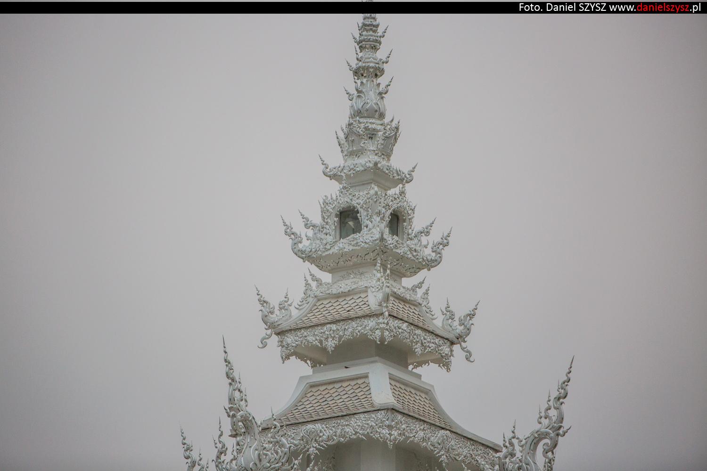 wat-rong-khun-biala-swiatynia-w-tajlandii-068