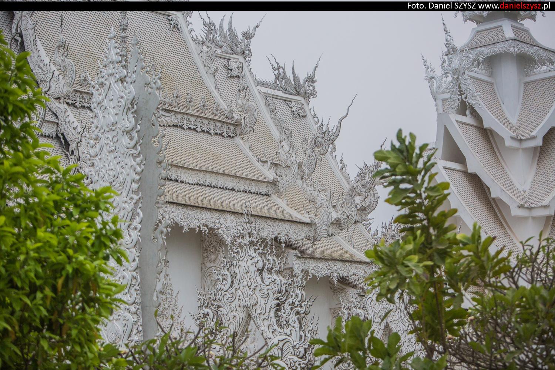 wat-rong-khun-biala-swiatynia-w-tajlandii-092
