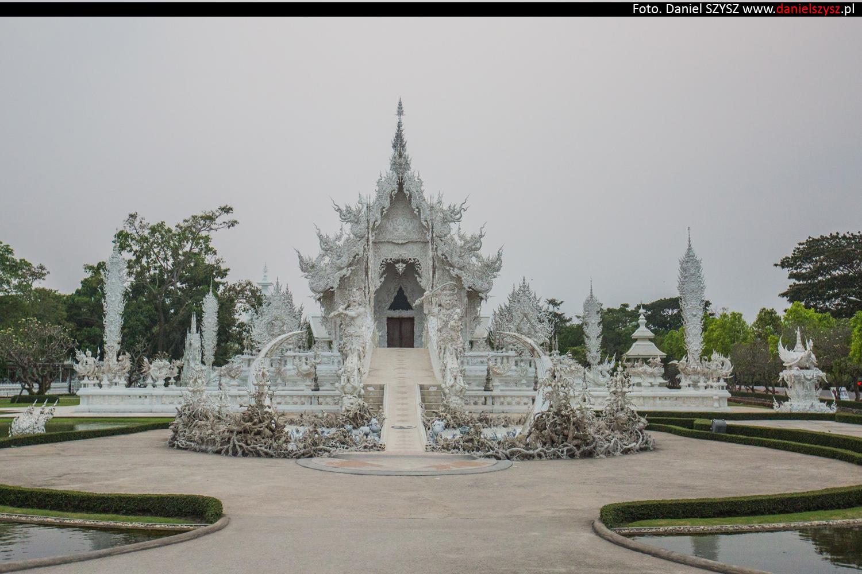 wat-rong-khun-biala-swiatynia-w-tajlandii-96