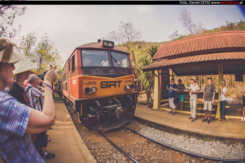 tajlandia-lokalny-pociag-travel-23