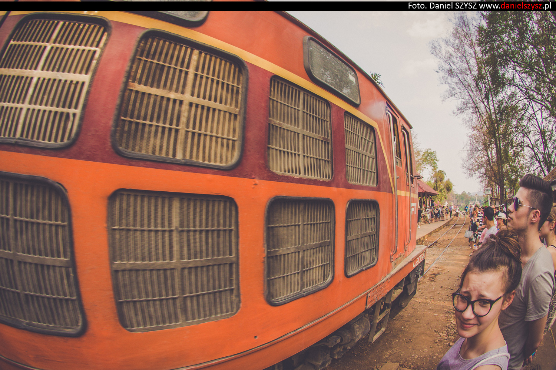 tajlandia-lokalny-pociag-travel-25