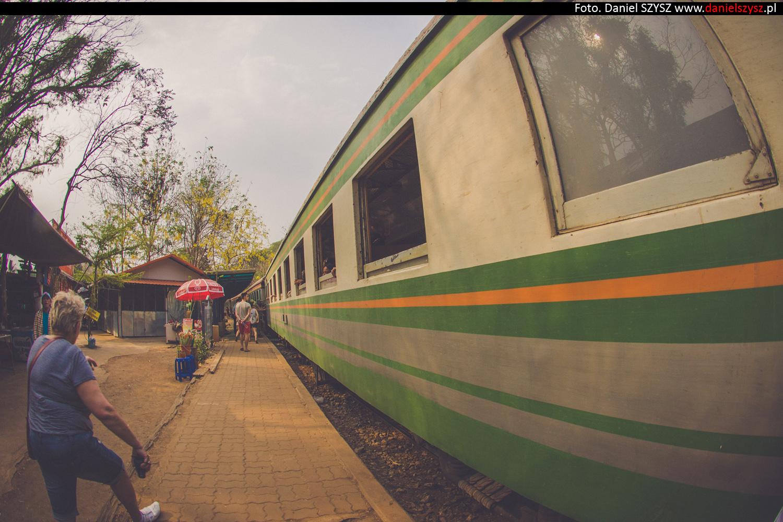tajlandia-lokalny-pociag-travel-31